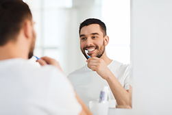 How to Brush Teeth Around Partial Dentures